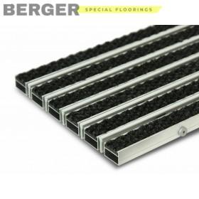 Грязезащитная алюминиевая решетка с ворсом и скребком 23 мм.